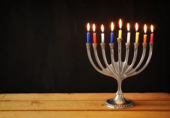 טיול חנוכיות בירושלים לגימלאי מועדון זינמן